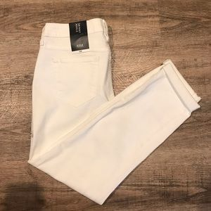 White skinny jean, cropped